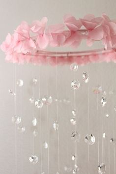 Crystal Baby Mobile Pink Baby Mobile, could also be an easy DIY project Baby Kind, My Baby Girl, Baby Love, Baby Girl Mobile, Nursery Room, Girl Nursery, Girl Room, Bedroom, Diy Bebe
