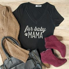Every Animal Lover, Cat/Dog Lady & Fur Mama needs this Graphic Tee!