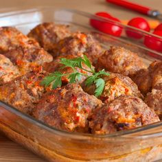 These cheese stuffed meatballs are a favorite, especially among the men in the family. Cheese Stuffed Meatballs Recipe from Grandmothers Kitchen. Hamburger Dishes, Hamburger Recipes, Meatball Recipes, Beef Dishes, Meat Recipes, Food Dishes, Dinner Recipes, Cooking Recipes, Main Dishes