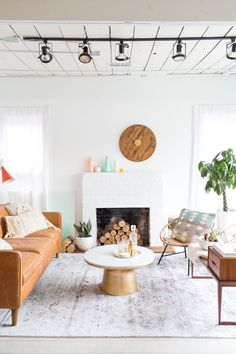 A Modern Couple's Wedding Registry: Home Decor Items Any Modern Couple Would Want