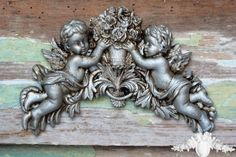Shabby 2 Cherub Rose Plaque With Aged Silver Effect
