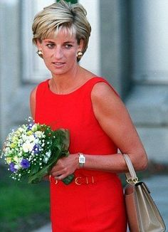 On Monday July 21st in 1997, Princess Diana visited Northwick Park Hospital at Harrow in London.