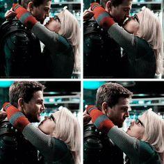 Oliver and Felicity season 6 #Arrow #OliverQueen #FelicitySmoak #Olicity #StephenAmell #EmilyBettRickards #Stemily #GreenArrow #OverWatch #CW #DC #FanArt #OTP #tvshows #tvshow #tumblr