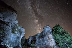Wow!  I hope I get to see this in April!!  MilkyWay at Cuenca, Ecuador.