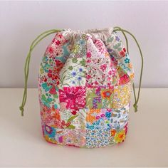 Liberty Drawstring bag from Cottitello - inspiring idea for those Liberty scraps
