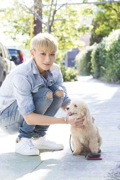 Tao with his dog counterpart. They look perfect together. <3