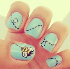 Buzz It S The Bee Nail Art Crazy Nails