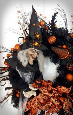 Witch Wreath / Halloween Wreath / Black by englishrosedesignsoh