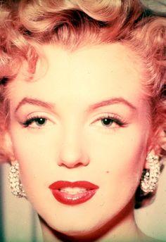 "infinitemarilynmonroe: """"Marilyn Monroe photographed by Bob Landry. "" """