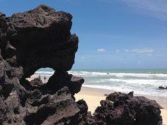 Formações rochosas malucas na Praia de Pipa (foto: Ludmilla Balduino)