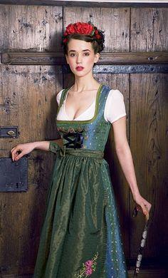世界が誇る〔花嫁衣裳〕を知りたい♡可愛さと個性あふれる世界のウェディングドレスまとめ♡にて紹介している画像