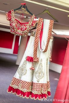 indian wedding ceremony traditional customs rituals http://maharaniweddings.com/gallery/photo/8234