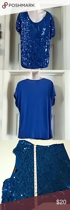 Woman's XL Royal Blue Sequin Top Woman's Material Girl sequined blouse size X l in royal blue. Glasshouse short sleeves. It is in excellent like new condition. It looks like all the sequins are intact. If any are missing, I I'm unable to find where on the shirt they might be missing. Please view all pictures for actual condition.