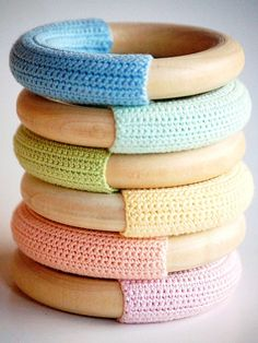 Cheap Kids Gifts: Wood n Wool Waldorf Baby Teething Ring