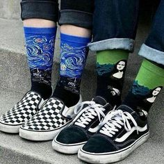 Slip-ons and the old skool Break outfits grunge Vans Grunge Style, Art Grunge, Alternative Outfits, Alternative Mode, Grunge Outfits, Grunge Fashion, Sport Style, Looks Adidas, Food Socks