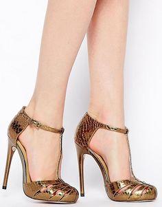 Tendencias primavera verano 2015 - Sandalias de tacón doradas minimalistas