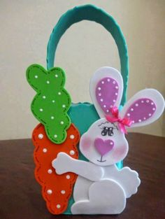 Kids Crafts, Foam Crafts, Easter Crafts, Holiday Crafts, Diy And Crafts, Arts And Crafts, Box Surprise, Felt Ornaments, Easy Gifts