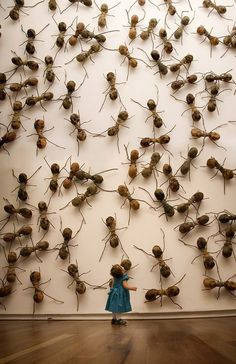 ART: Invasive Ant Art Installations by Rafael Gómezbarros This is equally terrifying as it is oddly amusing. Since 2007, sculptor Rafael Gómezbarros has brought his invasive swarm of giant ants to pub