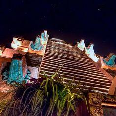 #MexicoMonday Please no climbing. #fb #epcot