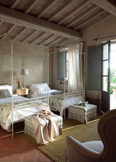 pretty white iron twin beds, love the french blue shutters with curtains Shutters With Curtains, Blue Shutters, Italian Farmhouse, Italian Home, Rustic Italian, Iron Twin Bed, Twin Beds, Style Toscan, Interior Exterior