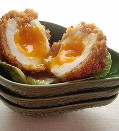Vegetarian Scotch Egg  #vegetarian #breakfast