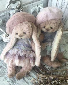 Pattern rabbit 13 cm by Moshkina Elena - Bear Pile Rabbit Toys, Bunny Toys, Bunnies, Felt Animals, Crochet Animals, Ours Boyds, Teddy Toys, Hyena, Orangutan