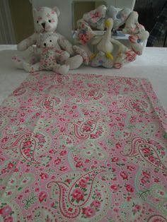 BN Very Pretty Cath Kidston Haberdashery Cotton Remnant In Pink Paisley