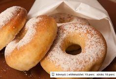Fahéjas cukros sütőben sült fánk Baked Doughnuts, Donuts, Salty Snacks, Hungarian Recipes, Sweets Cake, No Bake Cake, Love Food, Cake Recipes, Biscotti