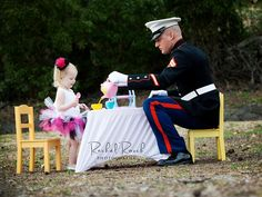 Handsome Marine and his beautiful daughter . Once A Marine, Marine Mom, Marine Corps, Dream Baby, Baby Love, Soldado Universal, Usmc, Marines, Military Life