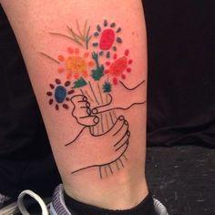 Ce beau tatouage du Bouquet.   20 tatouages qui subliment l'art de Picasso