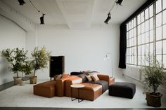 COSIMA is a modular sofa with a soft and inviting appearance and with the ability to combine and rearrange its modules in many ways. Style At Home, Bolia Sofa, Living Room Designs, Living Spaces, Danish House, Interior Architecture, Interior Design, Cosy Corner, Luxury Sofa