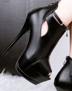 high heels – High Heels Daily Heels, stilettos and women's Shoes Dream Shoes, Crazy Shoes, Me Too Shoes, High Heel Boots, Bootie Boots, Shoe Boots, Ankle Booties, Pretty Shoes, Beautiful Shoes