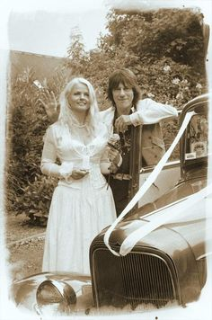 Jeff and Sandra Beck on their wedding day 2005 Star Wedding, Wedding Music, Celebrity Couples, Celebrity Weddings, Famous Pairs, Jeff Beck, Rocker Chick, Famous Couples, Now And Forever