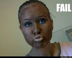 fake-tan-fail- i know someone who looks like this! Photoshop Fails, Tan Before And After, Funny Accidents, Bad Makeup, Duck Face, Picture Fails, Fake Girls, Fake Tan