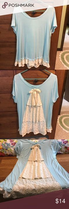 Super cute Blouse 👚 Really cute shirt with ruffles along the hem and down the back. fantastic fawn Tops Blouses