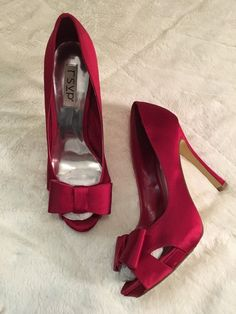 Women's Red Pumps With Bow, Size 9.5     eBay