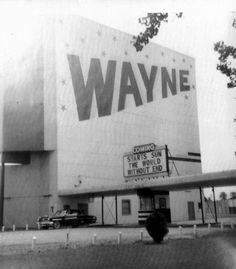 Wayne Drive-In Theater in Wayne, Michigan, 1950's. This drive-in has since been torn down.