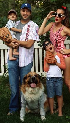 Halloween Family Costumes 30 best family halloween costumes 2016 cute ideas for themed costumes for families 1000 Ideas About Family Halloween Costumes On Pinterest Family Halloween Halloween Costumes And Family Costumes