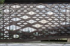 Image 1 of 42 from gallery of Xinglong Visitor Center / Atelier Alter. Courtesy of Atelier Alter Building Skin, Building Facade, Building Design, Glass Building, Mall Facade, Concrete Facade, Best Build, Facade Architecture, Contemporary Architecture