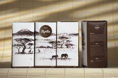 Triptea ilustraciones hechas con el mismo producto, paisajes de cada una de las regiones de donde se cultivó y empacó el producto.