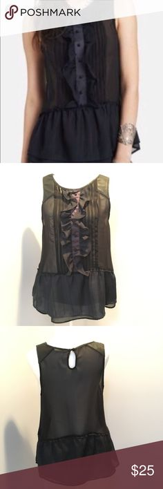 Free People Starlines Tuxedo Dobby Paint The Town EUC Free People Women's Black Top Starlines Tuxedo Dobby Paint The Town size medium. Please see pictures and ask questions. Free People Tops Tunics