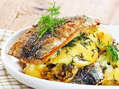 Seafood Dishes, Fish And Seafood, Seafood Recipes, Spanakopita, Salmon Burgers, Food Inspiration, Nom Nom, Food And Drink, Favorite Recipes