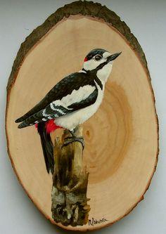 Bird Painting Acrylic, Wood Painting Art, Wood Art, Bird Drawings, Art Drawings Sketches, Konica Minolta, Cute Paintings, Pallet Art, Bird Illustration