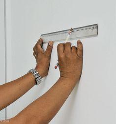 Renove as paredes do seu ambiente com tecido adesivo. Saiba um pouco mais sobre essa técnica e confira as dicas de aplicação que o Casa.com.br separou para você. http://leroy.co/1dh3eDK