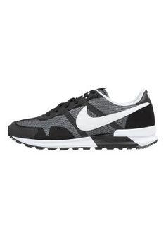 a89c63d8514 AIR PEGASUS 83/30 - Sneakers laag - black/white @ Zalando.nl 🛒. Sneakers  laag Nike Sportswear ...