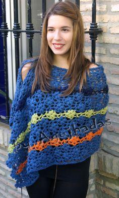 Flores woolen shawl // Chal de lana Flores.