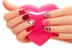 50 Amazing Nail Art Designs For Beginners – With Styling Tips