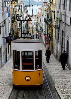 I'm pretty sure this is our Rua. Belem, Helsinki, Places To Travel, Places To Visit, Lisbon City, Lisbon Portugal, Happy Colors, World Traveler, My Dream