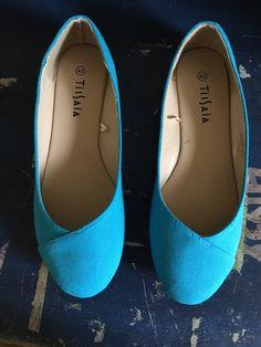 Ballerines bleu, neufs, jamais porté taille 40 de marque TISSAIA. Taille 40 à 2.50 € : http://www.vinted.fr/chaussures-femmes/ballerines/39178407-ballerines-bleu-neufs-jamais-porte-taille-40.