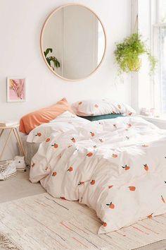 New room decor urban bedrooms duvet covers ideas Dream Rooms, Dream Bedroom, Home Bedroom, Bedroom Decor, Bedroom Ideas, Peach Bedroom, Bedroom Furniture, Decorating Bedrooms, Master Bedrooms